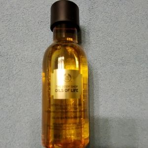 The Body Shop Oils of Life Bi-Phase Essence Lotion